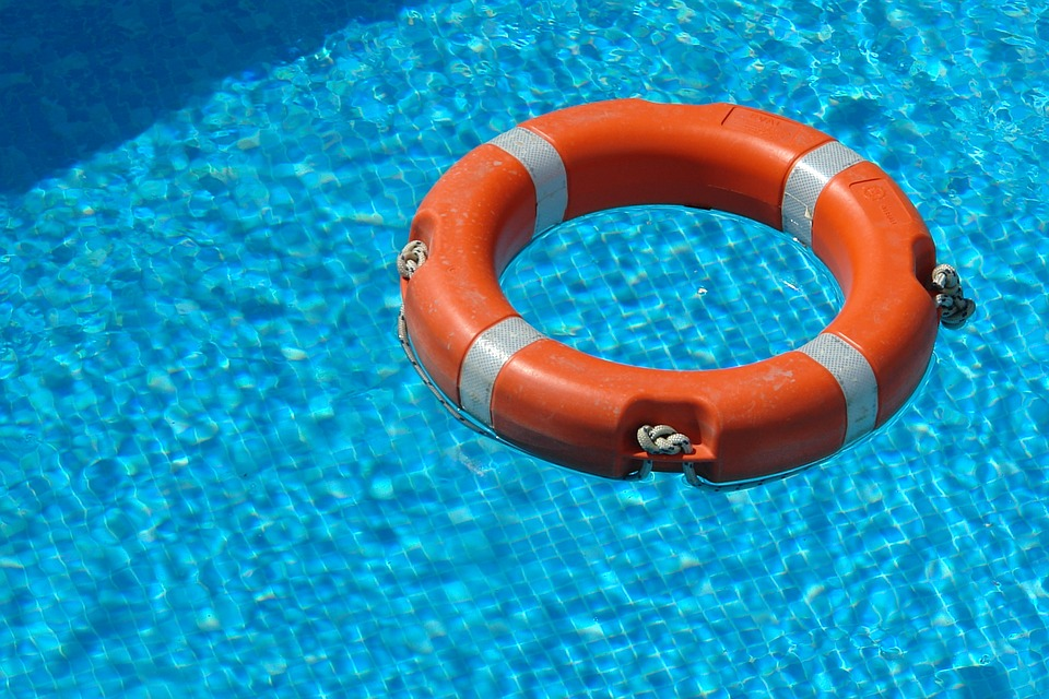 Commercial Swimming Pool Management